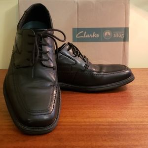 Clarks mens Quid Freaser dress shoes 9.5